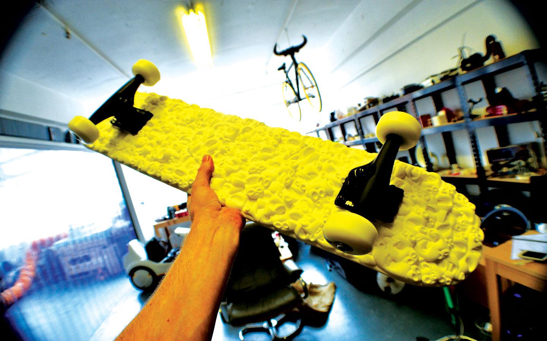 3DPRINTUK make Sam Abbotts amazing 3D printed skateboard! Check this out! CG Trader comp winner!